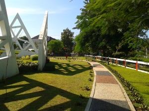 Taman Kota Bundaran Munjul Indah 1