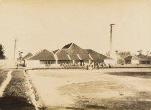Pabrik Gula Parungdjaja. (sumber: media-kitlv.nl)