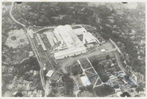 Pabrik Gula Djatiwangi dari Udara (sumber: media-kitlv.nl)
