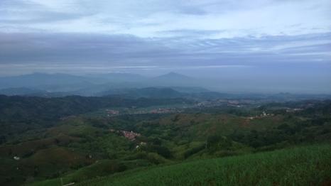 Panorama Menakjubkan dari Panyaweuyan